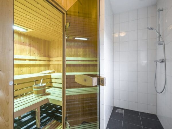 Landal Veluwemeer 22L - 22 personen - Biddinghuizen - Flevoland - Finse sauna